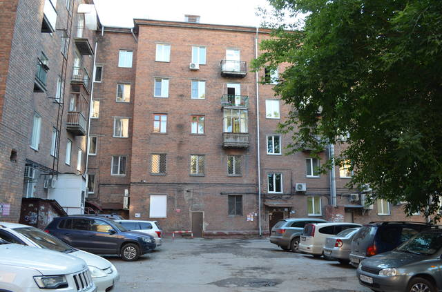 http://images.vfl.ru/ii/1618340933/ef3c0101/34068987_m.jpg