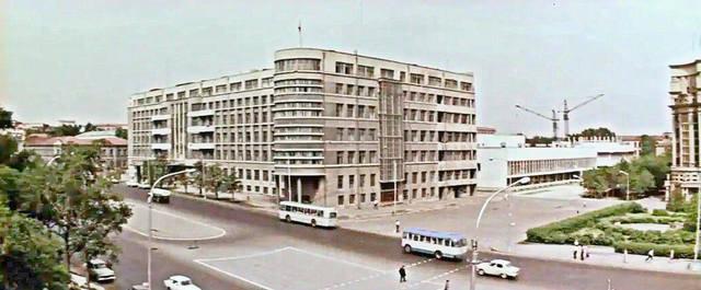 http://images.vfl.ru/ii/1618548467/f151f933/34099785_m.jpg