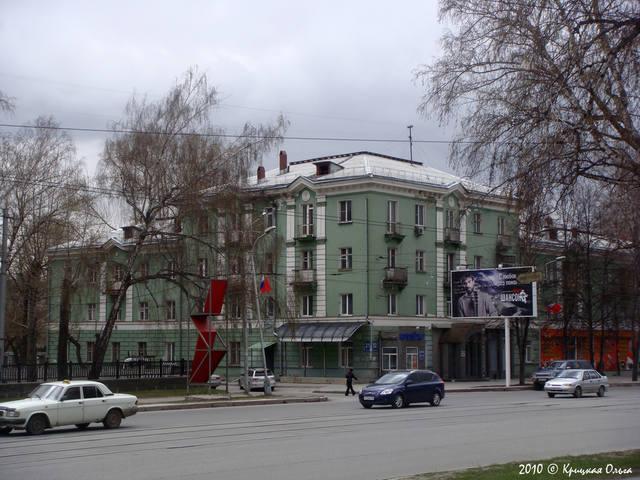 http://images.vfl.ru/ii/1619668247/7c5b6a9c/34263999_m.jpg