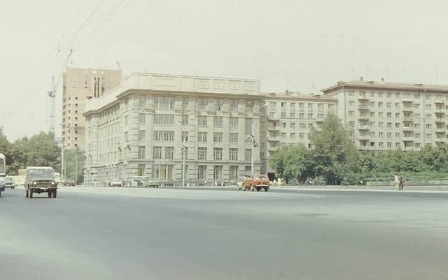 http://images.vfl.ru/ii/1622634555/a46af186/34681600_m.jpg