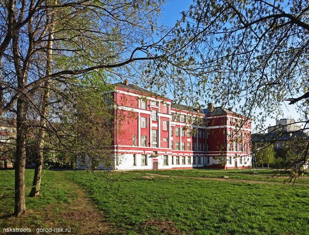 http://images.vfl.ru/ii/1624639739/d41a5a05/34950520_m.jpg