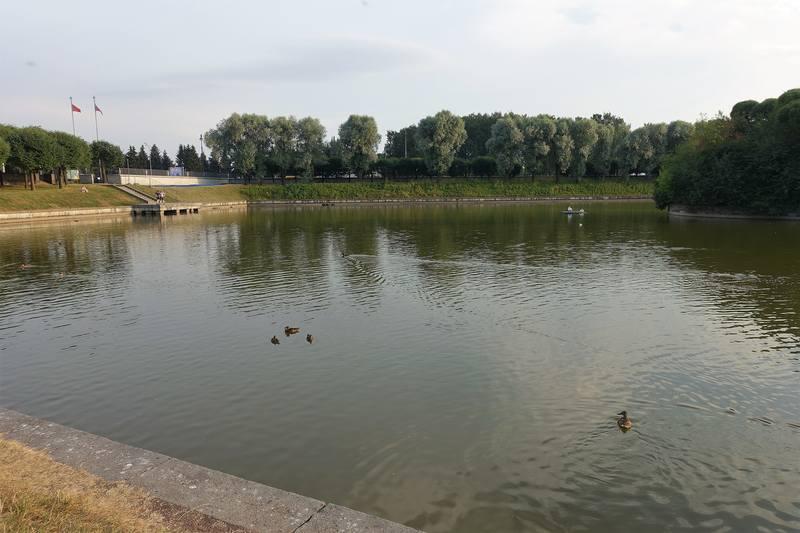 Озеро у Пискареского кладбища
