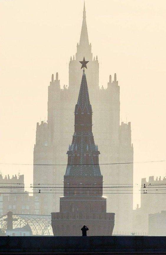 http://images.vfl.ru/ii/1627849178/266cb078/35358010.jpg