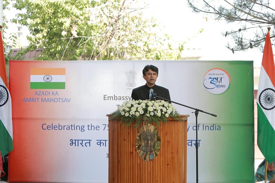 004 India