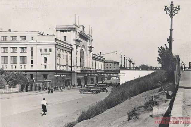 http://images.vfl.ru/ii/1632159629/540fdb8e/35938777_m.jpg