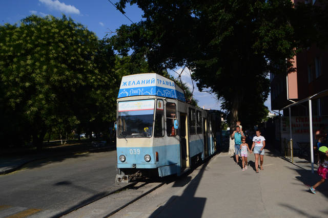 http://images.vfl.ru/ii/1632582627/3fc8e4e2/36007521_m.jpg