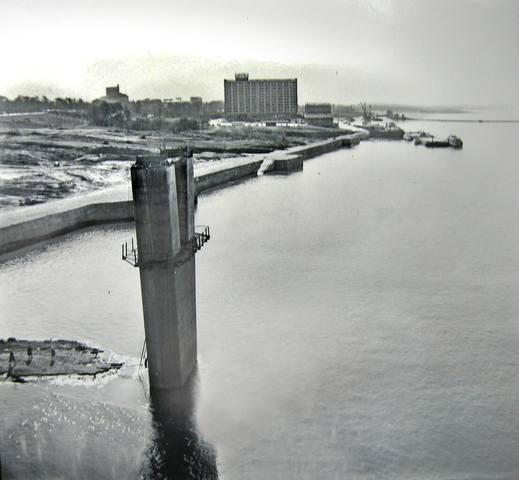 http://images.vfl.ru/ii/1632997780/6a1056c1/36069674_m.jpg