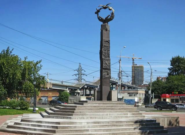 http://images.vfl.ru/ii/1634088972/4242e36d/36234232_m.jpg