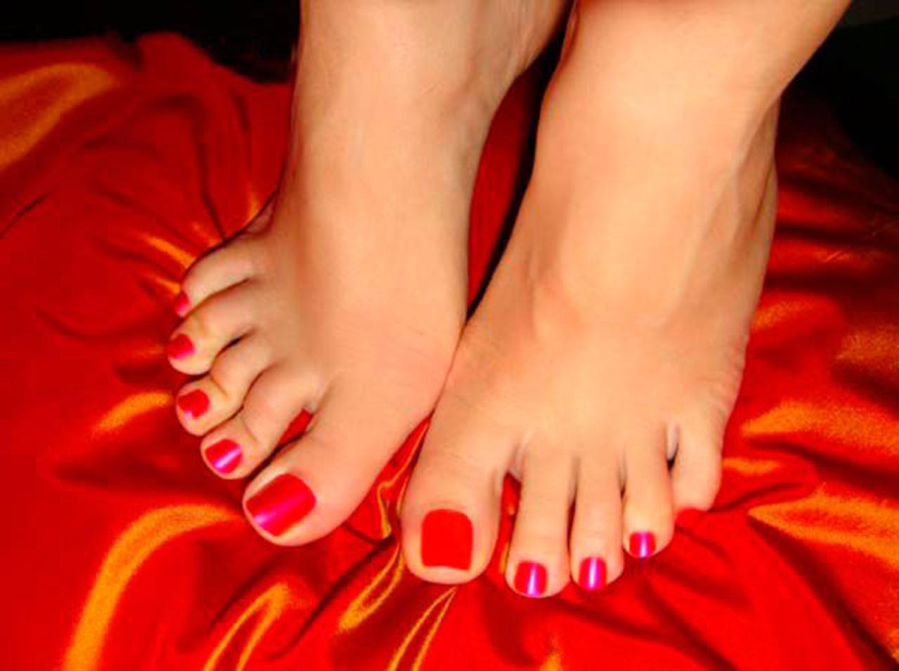 статистики красивые женские пальчики ног даже